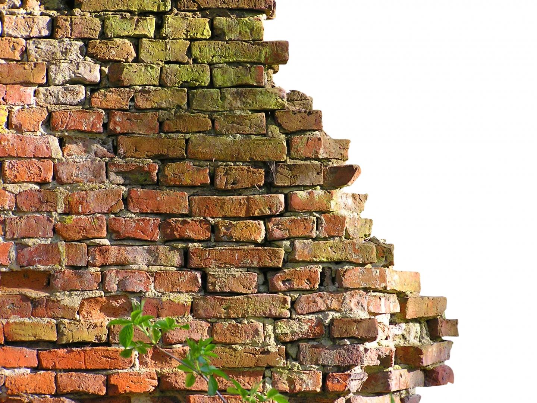 La responsabilidad de arreglo de daños en zonas comunes en Comunidades de Propietarios, con uso y disfrute privativo de uno de los comuneros.